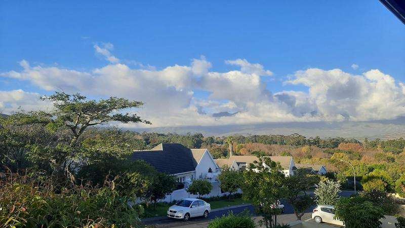 Property For Rent in Somerset West, Somerset West 3