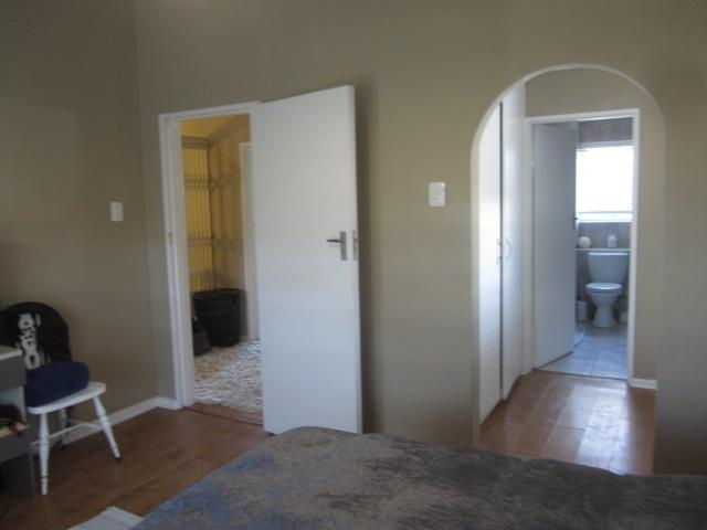 Property For Rent in Somerset West, Somerset West 9