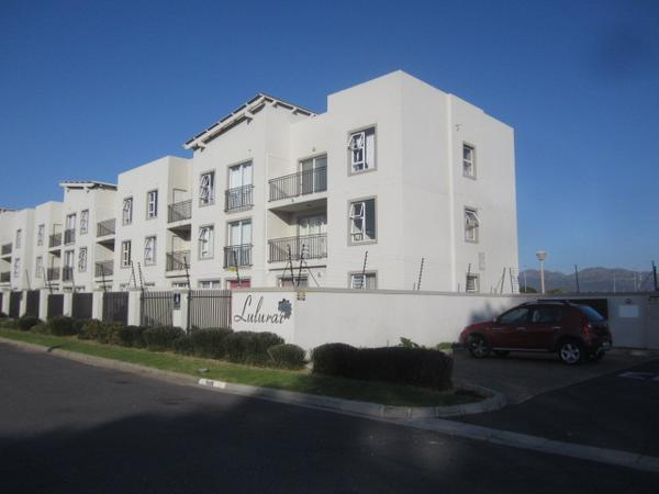Property For Rent in Somerset West, Somerset West
